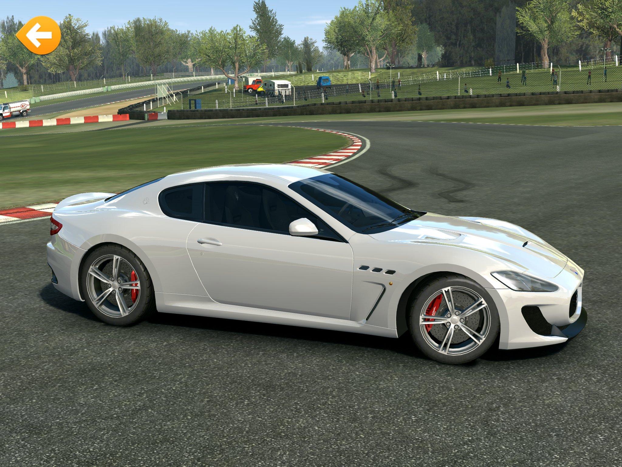 Real-Racing-3-MC-Stradale-R3