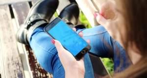 Wie man mit dem Handy von unterwegs aus traden kann